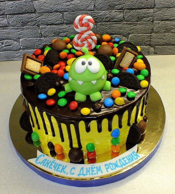 Детский торт без мастики с пряничным декором единорог.