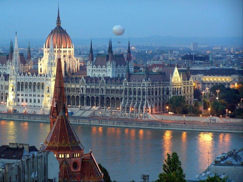 студентка удовлетворяет гид путешественника по венгрии лучшее видео