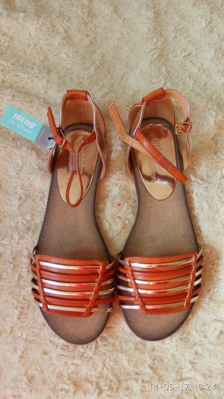 8f275495572a Натуральная кожа полностью. Идеальное сочетание высокого каблука, небольшой  платформы и удобства. Ножка в них - игрушечная!